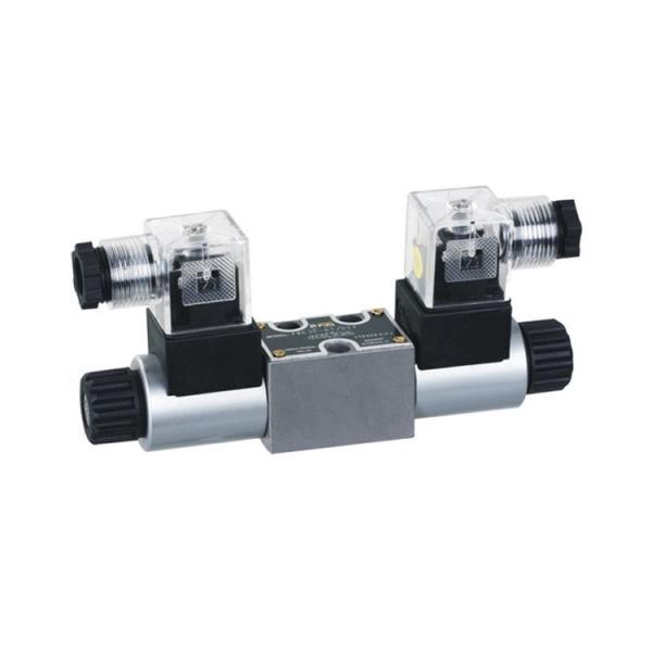 Rexroth 4WE6C6X/OFEG24N9K4 Solenoid directional valve #1 image